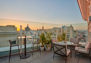Hyatt-Centric-Gran-Via-Madrid-Ejdd-Sunset bj